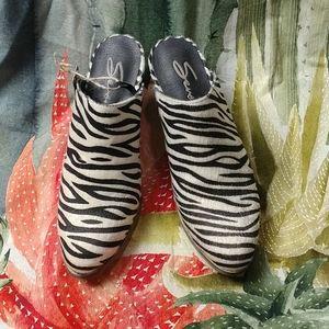 Seven7 mules shoes